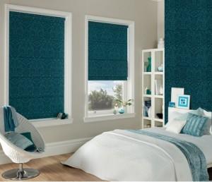 wallpaper green matching blinds